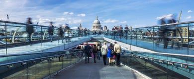 Panoramiczny widok milenium footbridge Obraz Stock
