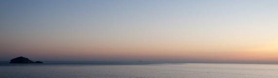 Panoramiczny widok na morzu śródziemnomorskim Obrazy Stock