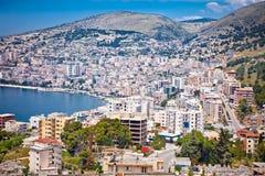 Panoramiczny widok na Saranda mieście, Albania Zdjęcia Royalty Free