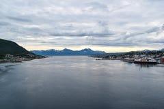 Panoramiczny widok nabrzeże Tromso, Norwegia zdjęcia royalty free