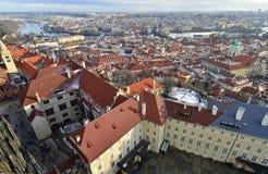 Panoramiczny widok nad stary Praga buduje architekturę Fotografia Stock