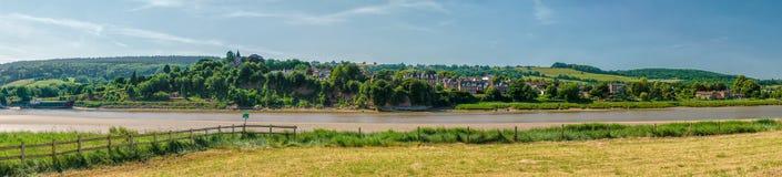 Panoramiczny widok Newnham na Severn na Rzecznym Severn fotografia stock