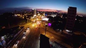 Panoramiczny widok od miasta Foz robi Iguacu, zmrok zdjęcie wideo