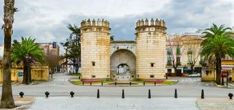 Panoramiczny widok palmy brama w Badajoz mieście, Extremadura, Hiszpania obraz stock