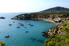 Panoramiczny widok piękna i wspaniała zatoczka w Ibiza, Hiszpania, nazwany d ` Hort ` ` Cala obrazy royalty free
