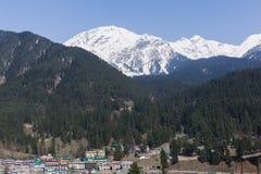Panoramiczny widok pięknego góra krajobrazu mała wioska amo Obraz Stock