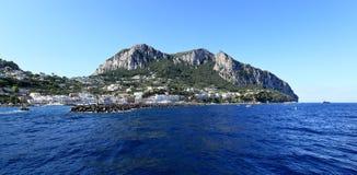 Panoramiczny widok port, Capri wyspa (Włochy) obrazy royalty free