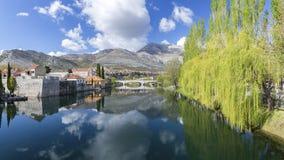 Panoramiczny widok przy Starym miasteczkiem Trebinje, Bo?nia i Herzegovina, zdjęcia royalty free