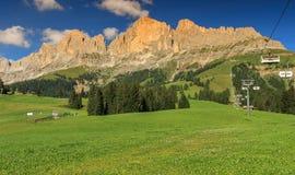 Panoramiczny widok Rosengarten pasmo górskie w dolomitach, Włochy Zdjęcia Stock
