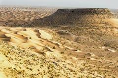 Panoramiczny widok sahara w Tunezja zdjęcie stock