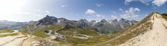 Panoramiczny widok Sceniczny Alpejski Drogowy Grossglockner Hochalpenstrasse i widok górski w Austria Fotografia Stock