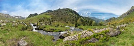 Panoramiczny widok sekcja Ruisseau Le Rieutort obraz royalty free