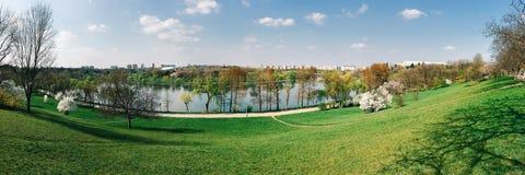 Panoramiczny widok Tineretului park W Bucharest Zdjęcia Royalty Free