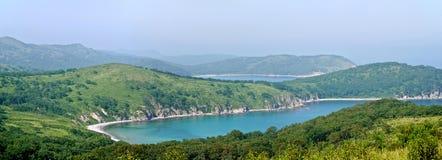 Panoramiczny widok turkusowa zatoka zdjęcie stock