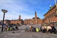 Panoramiczny widok urzędu miasta kwadrat z pałac hotelem w Kopenhaga Obraz Stock