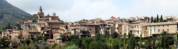 Panoramiczny widok Valdemossa, Majorca, Hiszpania Zdjęcie Stock