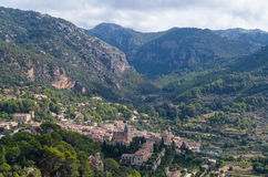 Panoramiczny widok Valdemossa w Mallorca, Hiszpania Fotografia Stock