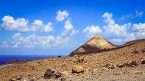 Panoramiczny widok wulkanu krater na Vulcano wyspie, Sicily Zdjęcie Stock
