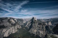 Panoramiczny widok Yosemite park narodowy od Washburn punktu dowcipu zdjęcia stock