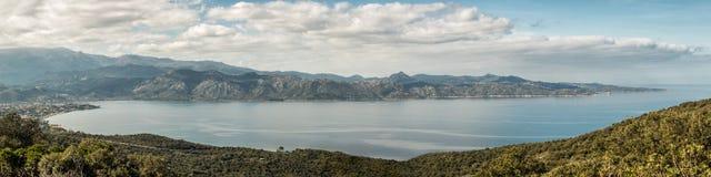Panoramiczny widok zatoka święty Florent w Corsica Zdjęcia Royalty Free