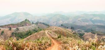 Panoramiczny zmierzch od widoku górskiego Obrazy Stock