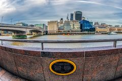 Panoramique dans la vue de poisson-oeil avec l'inscription historique au sujet d'O images libres de droits