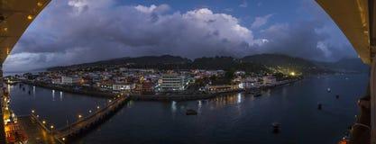 Panoramisch beeld van de stad van Roseau op Dominca-eiland royalty-vrije stock afbeelding