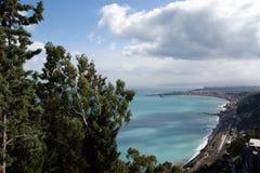 Panoramisch landschap van de Middellandse Zee stock foto