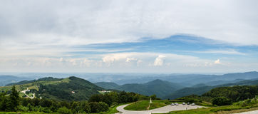 Panoramisch Landschap van Shipka in Bulgarije Oost-Europa Royalty-vrije Stock Foto's