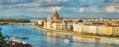 Panoramisch overzicht van Boedapest Stock Afbeelding