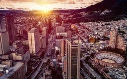 Panoramisch satellietbeeld van Bogota van de binnenstad Colombia A stock afbeelding