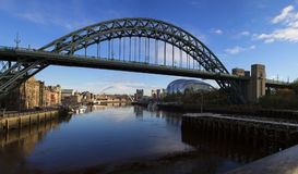 Panoramisch schot van Tyne Bridge, Newcastle, het UK Stock Afbeeldingen