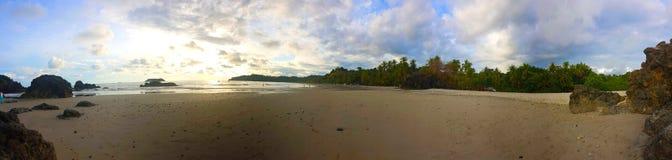 Panoramisch strand van Manuel Antonio, royalty-vrije stock foto's