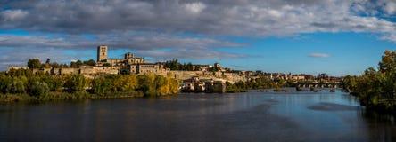 Panoramisch van eerstgenoemde en middeleeuws van Zamora Spanje royalty-vrije stock foto's
