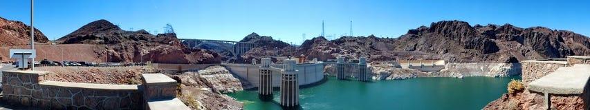 Panoramisch van Hoover-Dam stock afbeeldingen