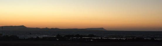 Panoramisch van zonsopgang over de baai stock afbeelding