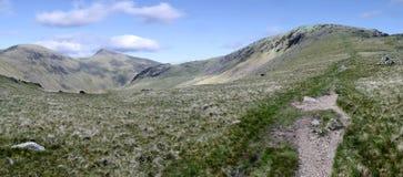 Panoramisch vom alten Mann von Coniston und von Grey Friar Lizenzfreies Stockbild