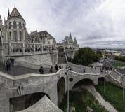 Panoramisch vom Haupteingang zur Bastion des Fischers in Budapest, Ungarn lizenzfreie stockbilder