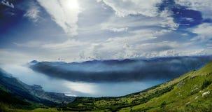 Panoramisch vom See Garda lizenzfreie stockfotografie