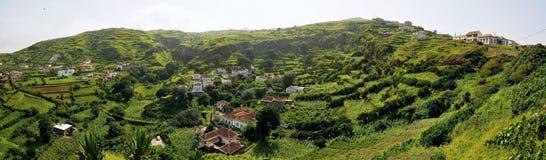 Panoramisch von den grünen Tälern von und von den Ebenen von Brava Lizenzfreie Stockfotos