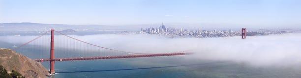 Panoramisch von Golden gate bridge lizenzfreies stockfoto