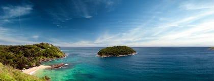 Panoramische achtergrond van Phuket-kust in Thailand Royalty-vrije Stock Afbeeldingen