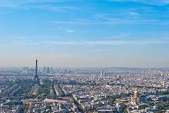 Panoramische Ansicht über Ausflug Eiffel und La-Verteidigung, Pari Stockfotos