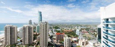 Panoramische Ansicht über die moderne Stadt Lizenzfreies Stockfoto