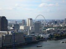 Panoramische Ansicht über Fluss Themse Lizenzfreies Stockbild