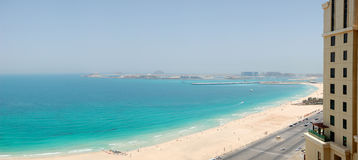 Panoramische Ansicht über Jumeirah Palme Stockbild