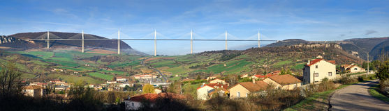 Panoramische Ansicht der Millau-Brücke Lizenzfreies Stockbild
