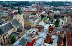Panoramische Ansicht der Stadt Lviv, Ukraine Stockbild
