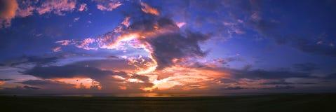 Panoramische Ansicht des Sonnenaufgangs stockfoto