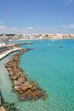 Panoramische Ansicht von Otranto. Puglia. Italien. lizenzfreie stockfotografie